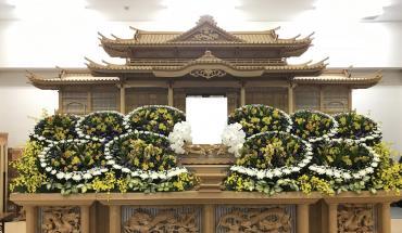 花祭壇のお届け